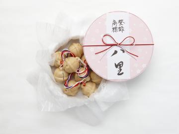 第17回全国菓子大博覧会・名誉金賞受賞の「八里」